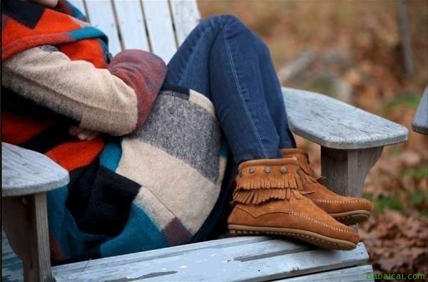 大白菜!Minnetonka迷你唐卡流苏短靴黑色款特价$36.92,鞋包等新人8折后新低$29.54,含运费到¥280