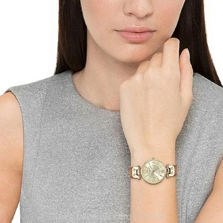 亚马逊海外购:Anne Klein 安妮克莱恩 女士时尚腕表 降至¥208.93,直邮免运费,含税到手力¥236.01
