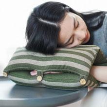 天猫商城:网易严选 日式多功能手卷午睡枕 靠垫 4色 现价¥79,叠加¥35券,实付¥44包邮