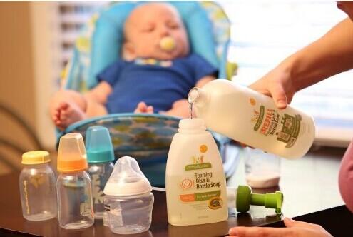 iHerb:大量儿童产品9折大促!Babyganics 甘尼克宝贝 全天然奶瓶餐具清洗液无香型472ml泵嘴装 现9折+公码95折+凑单直邮包邮到手仅¥45.5